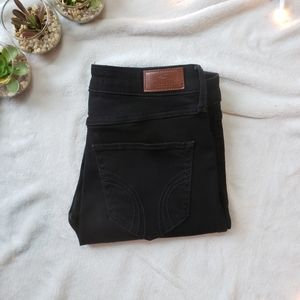 Hollister High-rise Black Demin Skinny Jeans